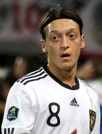 Mesut-Ozil