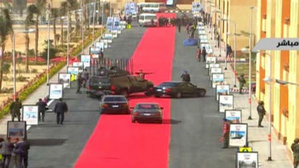 sisi-red-carpet